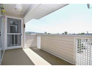 "Photo 7: 304 22213 SELKIRK Avenue in Maple Ridge: West Central Condo for sale in ""CAMBRIDGE HOUSE"" : MLS®# V889874"