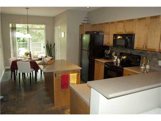 "Photo 3: 23 2200 PANORAMA Drive in Port Moody: Heritage Woods PM Townhouse for sale in ""QUEST"" : MLS®# V914487"