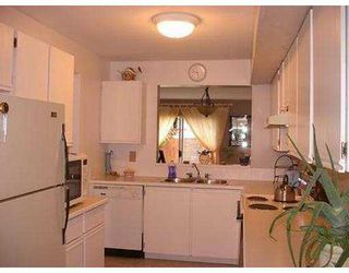 "Photo 4: 13 22411 124TH AV in Maple Ridge: East Central Townhouse for sale in ""CREEKSIDE VILLAGE"" : MLS®# V586223"