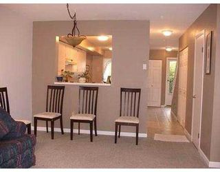"Photo 3: 13 22411 124TH AV in Maple Ridge: East Central Townhouse for sale in ""CREEKSIDE VILLAGE"" : MLS®# V586223"