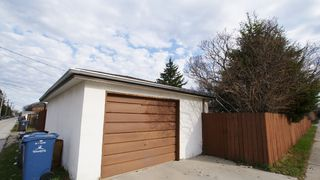 Photo 5: 480 Helmsdale Avenue - $249,900