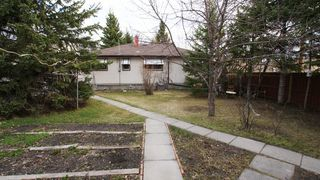 Photo 4: 480 Helmsdale Avenue - $249,900