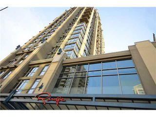 "Photo 1: 2204 1238 RICHARDS Street in Vancouver: Yaletown Condo for sale in ""METROPOLIS"" (Vancouver West)  : MLS®# V1037264"