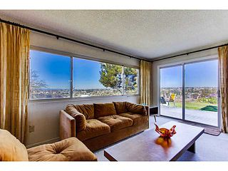 Photo 2: SAN DIEGO House for sale : 3 bedrooms : 4344 Murrieta Circle