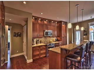 Photo 3: 3707 Ridge Pond Dr in VICTORIA: La Happy Valley House for sale (Langford)  : MLS®# 674820