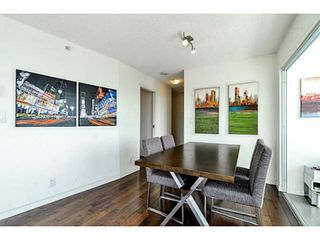 """Photo 10: 2206 33 SMITHE Street in Vancouver: Yaletown Condo for sale in """"Coopers Lookout"""" (Vancouver West)  : MLS®# V1090861"""