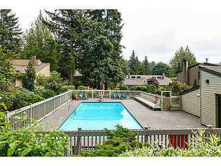 "Photo 12: 1135 HERITAGE Boulevard in North Vancouver: Seymour NV Townhouse for sale in ""HERITAGE IN THE WOODS"" : MLS®# V1102468"
