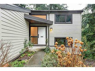 "Photo 1: 1135 HERITAGE Boulevard in North Vancouver: Seymour NV Townhouse for sale in ""HERITAGE IN THE WOODS"" : MLS®# V1102468"