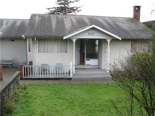 Photo 1: 1020 BALSAM Street: White Rock House for sale (South Surrey White Rock)  : MLS®# F1432452