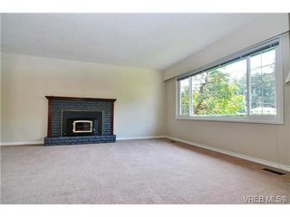 Photo 4: 504 Salton Drive in VICTORIA: Co Triangle Single Family Detached for sale (Colwood)  : MLS®# 351880