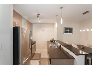 """Photo 10: 328 SMITHE Street in Vancouver: Yaletown Townhouse for sale in """"YALETOWN PARK II"""" (Vancouver West)  : MLS®# V1136824"""