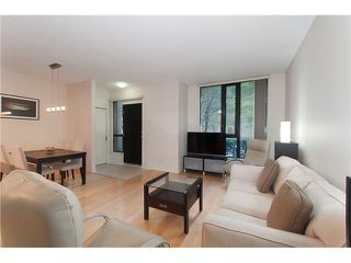 """Photo 3: 328 SMITHE Street in Vancouver: Yaletown Townhouse for sale in """"YALETOWN PARK II"""" (Vancouver West)  : MLS®# V1136824"""