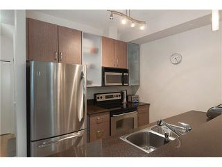 """Photo 11: 328 SMITHE Street in Vancouver: Yaletown Townhouse for sale in """"YALETOWN PARK II"""" (Vancouver West)  : MLS®# V1136824"""