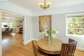 Photo 6: 2660 Mt. Stephen Ave in VICTORIA: Vi Oaklands House for sale (Victoria)  : MLS®# 712303