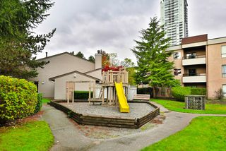 "Photo 16: 113 10221 133A Street in Surrey: Whalley Condo for sale in ""VILLAGE AT SURREY PLACE"" (North Surrey)  : MLS®# R2012710"
