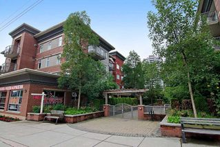 "Photo 1: 102 3250 ST JOHNS Street in Port Moody: Port Moody Centre Condo for sale in ""THE SQUARE"" : MLS®# R2087036"