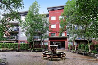 "Photo 2: 102 3250 ST JOHNS Street in Port Moody: Port Moody Centre Condo for sale in ""THE SQUARE"" : MLS®# R2087036"