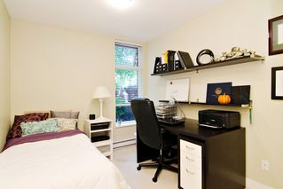 "Photo 14: 102 3250 ST JOHNS Street in Port Moody: Port Moody Centre Condo for sale in ""THE SQUARE"" : MLS®# R2087036"
