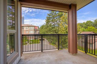 """Photo 12: 314 1153 KENSAL Place in Coquitlam: New Horizons Condo for sale in """"ROYCROFT"""" : MLS®# R2101554"""