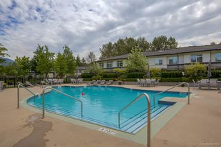"""Photo 18: 314 1153 KENSAL Place in Coquitlam: New Horizons Condo for sale in """"ROYCROFT"""" : MLS®# R2101554"""