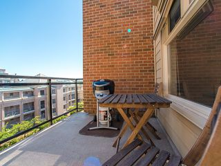 "Photo 12: 401 2408 E BROADWAY in Vancouver: Renfrew VE Condo for sale in ""BROADWAY CROSSING"" (Vancouver East)  : MLS®# R2102626"