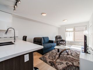 "Photo 4: 401 2408 E BROADWAY in Vancouver: Renfrew VE Condo for sale in ""BROADWAY CROSSING"" (Vancouver East)  : MLS®# R2102626"
