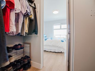 "Photo 9: 401 2408 E BROADWAY in Vancouver: Renfrew VE Condo for sale in ""BROADWAY CROSSING"" (Vancouver East)  : MLS®# R2102626"