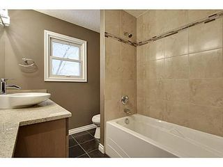 Photo 12: 8007 7 Street SW in Calgary: Bungalow for sale : MLS®# C3595147