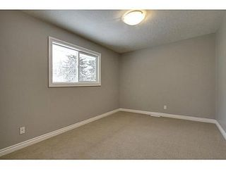 Photo 13: 8007 7 Street SW in Calgary: Bungalow for sale : MLS®# C3595147