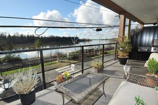 Photo 1: 202 22327 RIVER Road in Maple Ridge: West Central Condo for sale : MLS®# R2124535