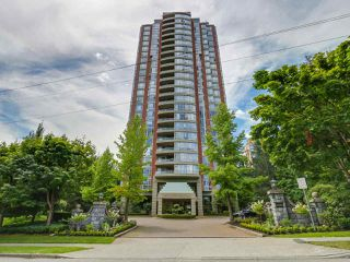 Photo 1: 1005 6888 STATION HILL Drive in Burnaby: South Slope Condo for sale (Burnaby South)  : MLS®# R2125491