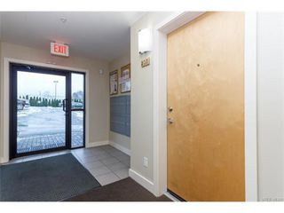 Photo 4: 205 356 E Gorge Rd in VICTORIA: Vi Burnside Condo Apartment for sale (Victoria)  : MLS®# 747914
