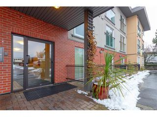 Photo 3: 205 356 E Gorge Rd in VICTORIA: Vi Burnside Condo Apartment for sale (Victoria)  : MLS®# 747914