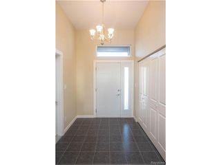Photo 2: 24 ORCHARD HILL Drive in Mitchell: R16 Residential for sale : MLS®# 1630692