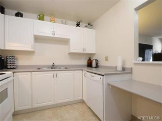 Photo 5: 109 290 Island Highway in VICTORIA: VR View Royal Condo Apartment for sale (View Royal)  : MLS®# 373699