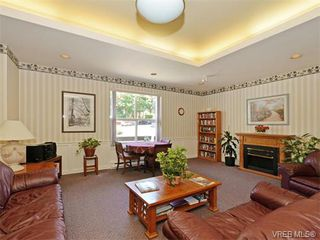 Photo 16: 109 290 Island Highway in VICTORIA: VR View Royal Condo Apartment for sale (View Royal)  : MLS®# 373699