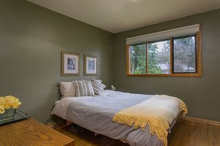 Photo 12: 1561 MERLYNN Crescent in North Vancouver: Westlynn House for sale : MLS®# R2143855