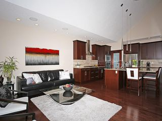 Photo 8: 112 WENTWORTH Square SW in Calgary: West Springs House for sale : MLS®# C4105580