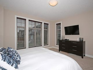 Photo 13: 112 WENTWORTH Square SW in Calgary: West Springs House for sale : MLS®# C4105580