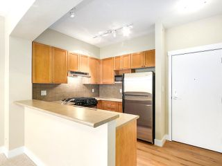 "Photo 5: 413 2280 WESBROOK Mall in Vancouver: University VW Condo for sale in ""KEATS HALL"" (Vancouver West)  : MLS®# R2173808"