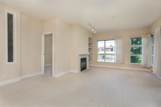 """Photo 5: 211 6198 ASH Street in Vancouver: Oakridge VW Condo for sale in """"THE GROVE"""" (Vancouver West)  : MLS®# R2193582"""