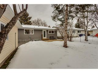 Photo 34: 5008 VANSTONE CR NW in Calgary: Varsity House for sale : MLS®# C4094645