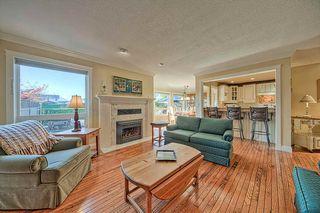 "Photo 9: 15 7001 EDEN Drive in Sardis: Sardis West Vedder Rd Townhouse for sale in ""EDENBANK"" : MLS®# R2220420"