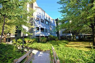 "Photo 1: 402 9880 MANCHESTER Drive in Burnaby: Cariboo Condo for sale in ""BROOKSIDE COURT"" (Burnaby North)  : MLS®# R2229826"