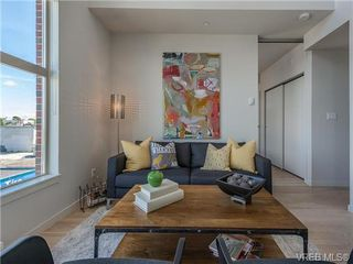 Photo 2: 401 601 Herald Street in VICTORIA: Vi Downtown Residential for sale (Victoria)  : MLS®# 367884