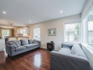 Photo 2: 696 RUPERT Street in Vancouver: Renfrew VE House for sale (Vancouver East)  : MLS®# R2244648