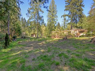 Photo 18: 3109 Cameron-Taggart Road in COBBLE HILL: ML Cobble Hill Single Family Detached for sale (Malahat & Area)  : MLS®# 390655