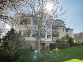 "Photo 2: 204 1327 BEST Street: White Rock Condo for sale in ""CHESTNUT MANOR"" (South Surrey White Rock)  : MLS®# R2290603"