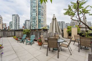 "Photo 17: 206 1216 HOMER Street in Vancouver: Yaletown Condo for sale in ""Murchies Building"" (Vancouver West)  : MLS®# R2291553"