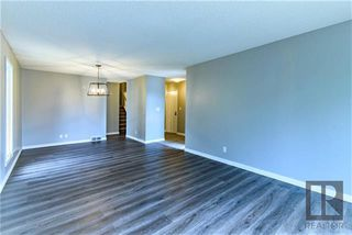 Photo 3: 26 Knotsberry Bay in Winnipeg: River Park South Residential for sale (2F)  : MLS®# 1827466